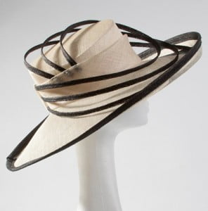hat112